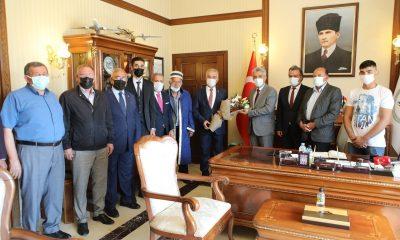 70 yıllık demirci Erzincan'da yılın ahisi seçildi