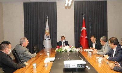 AK Parti genel merkez yerel yönetimler başkanı Özhaseki'den Bağlar'ın projelerine tam destek