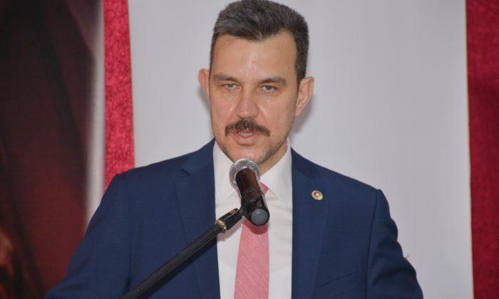 AK Parti'den danışma toplantısı