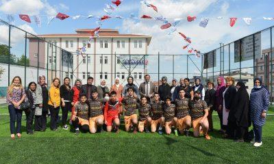 Anadolu İmam Hatip Lisesi'nde halı saha tesisleri törenle açıldı