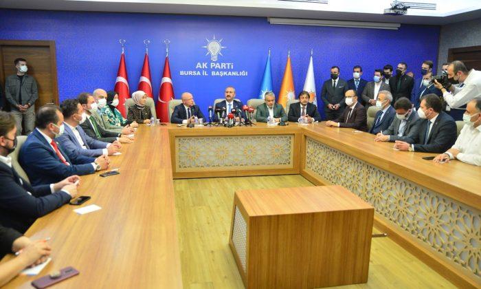 """Bakan Gül: """"Milletimizin, projesi olmayan milletin derdini dert edinmeyen muhalefete ayıracağı vakit yok"""""""
