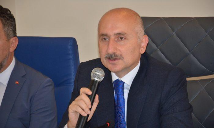 """Bakan Karaismailoğlu: """"Dünyaya mühendislik ihraç ediyoruz"""""""
