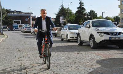 """Başkan Akkaya: """"Bisiklet çevre dostu ve yakıt tasarrufu sağlayan bir araç"""""""