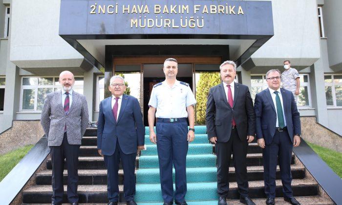 Başkan Büyükkılıç'tan komutanlara ziyaret