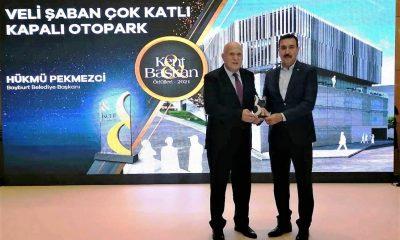 Başkan Pekmezci'ye ikinci başarı ödülü