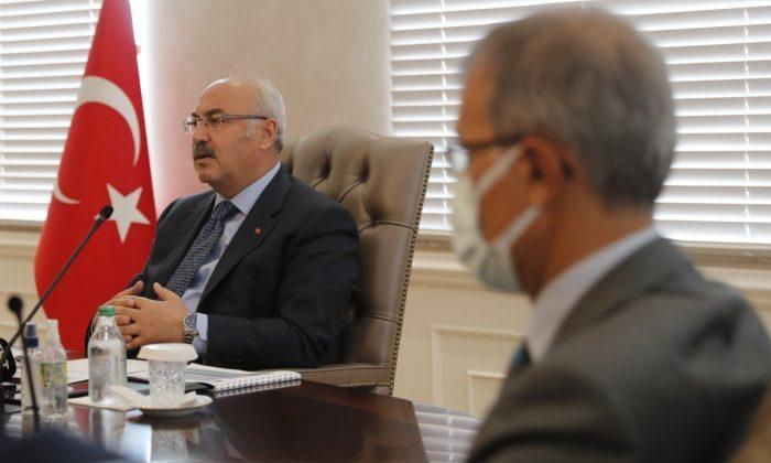 İzmir Valisi açıkladı: Kamu kurum ve kuruluşlar öğrencilere kapılarını açacak
