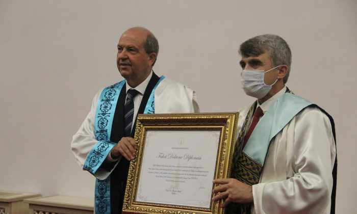 "KKTC Cumhurbaşkanı Ersin Tatar'a ""Fahri doktora"" unvanı"