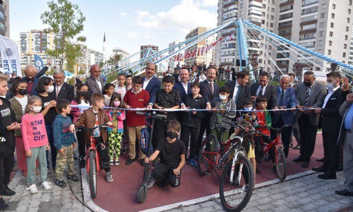 Konya'da Hareketlilik Haftası'nda Bisiklet ve Kaykay Parkı hizmete açıldı