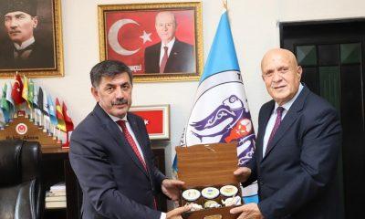 MHP'li komşu belediye başkanları fikir alış verişinde bulundu