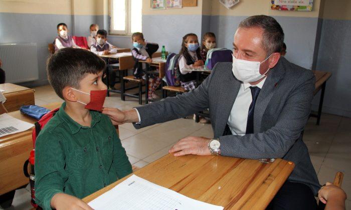 Patnos'ta ilçe milli eğitim müdürleri toplantısı
