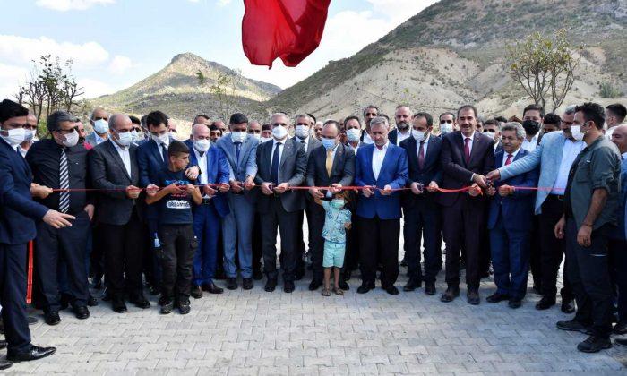 Vali Münir Karaloğlu, Üçocak beldesinde toplu açılış törenine katıldı