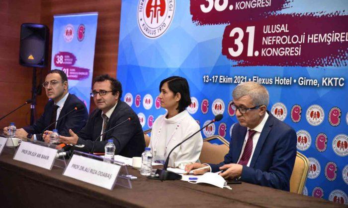 Ulusal Nefroloji Kongresi'nde Covid-19 ve böbrek hastalıklarına etkisi ele alındı